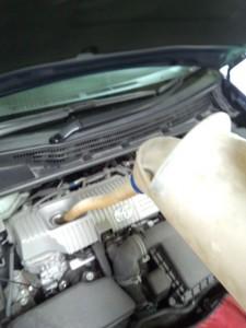 トヨタプリウスエンジンオイル交換